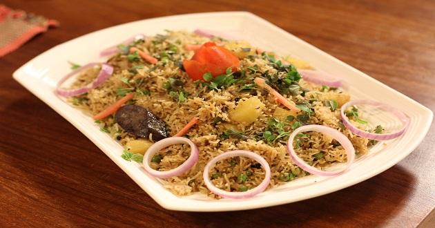 Matar Pulao by Chef Rida Aftab in Tarka