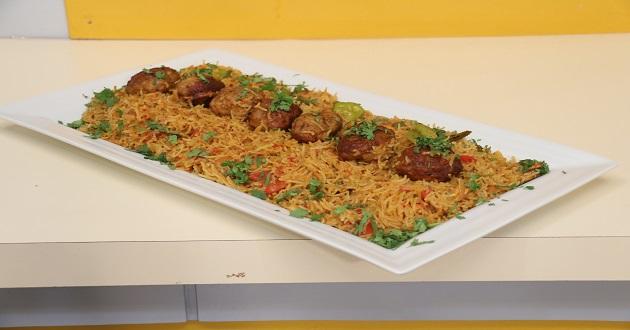 Spicy Kabab Rice by Chef Gulzar in Dawat Masala TV