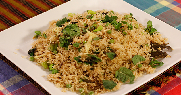 MATAR PULAO Recipe by Rida Aftab in Tarka