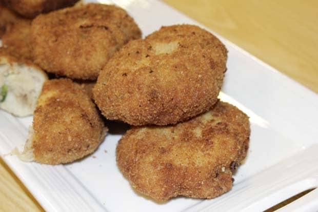 Chicken White Sauce Cutlets