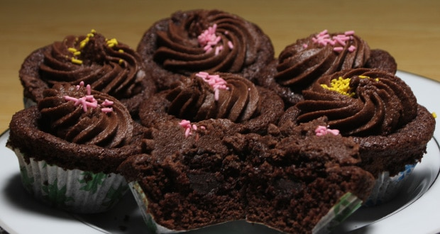 Chocolate Cup Cakes Recipe Zarnak Sidhwa Masala Tv