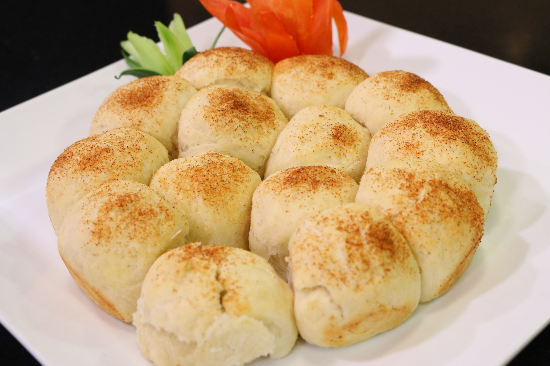 Garlic Buns By Shireen Anwar