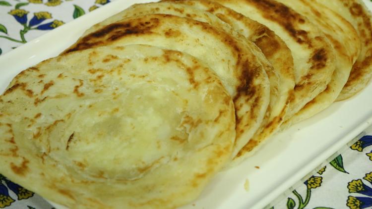 Reshmi Paratha Recipe