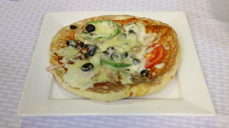 Tandoori Roti Pizza