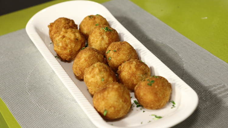 Cheesy Pasta Balls