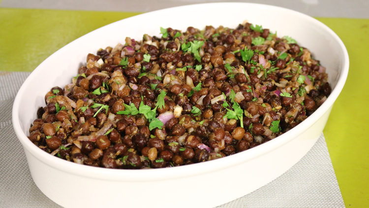 Chatpata Kala Chana Chaat