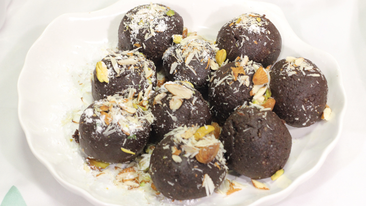 Chocolate kay Laddu