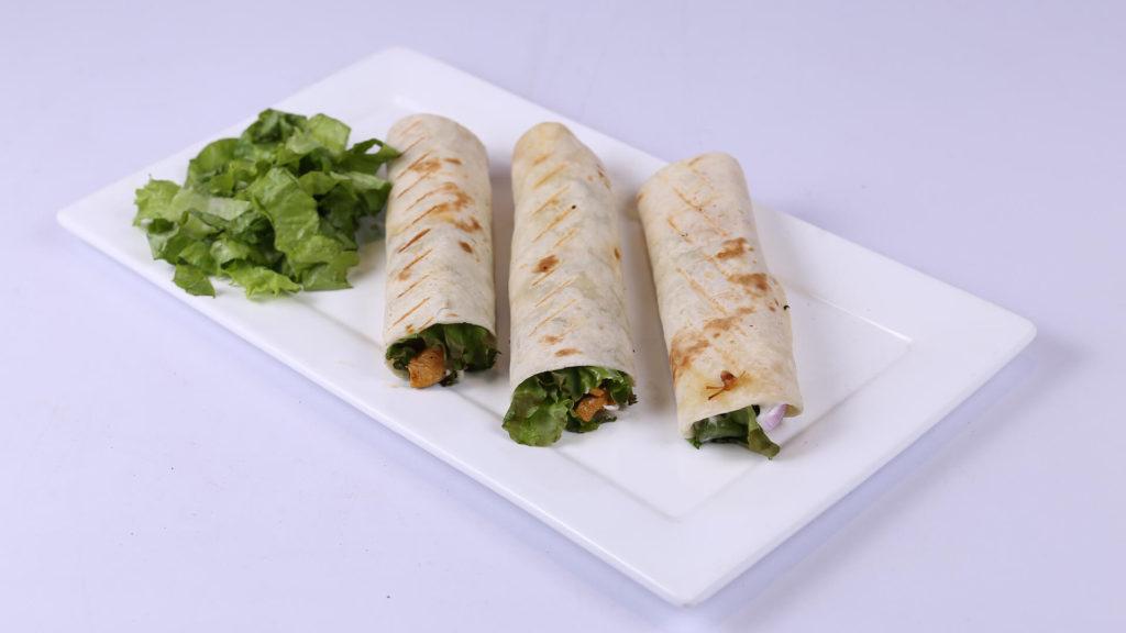 Buffalo chicken wraps | Lazzat | Samina Jalil | Fast Food