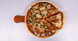 Barbecue Chicken Pizza | Lazzat
