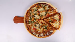 Barbecue Chicken Pizza | Lazzat