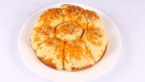 Cheesy Buns   Food Diaries   Zarnak Sidhwa