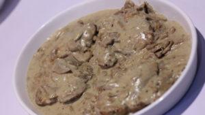 Chicken with Mushroom Sauce | Mehboob's Kitchen