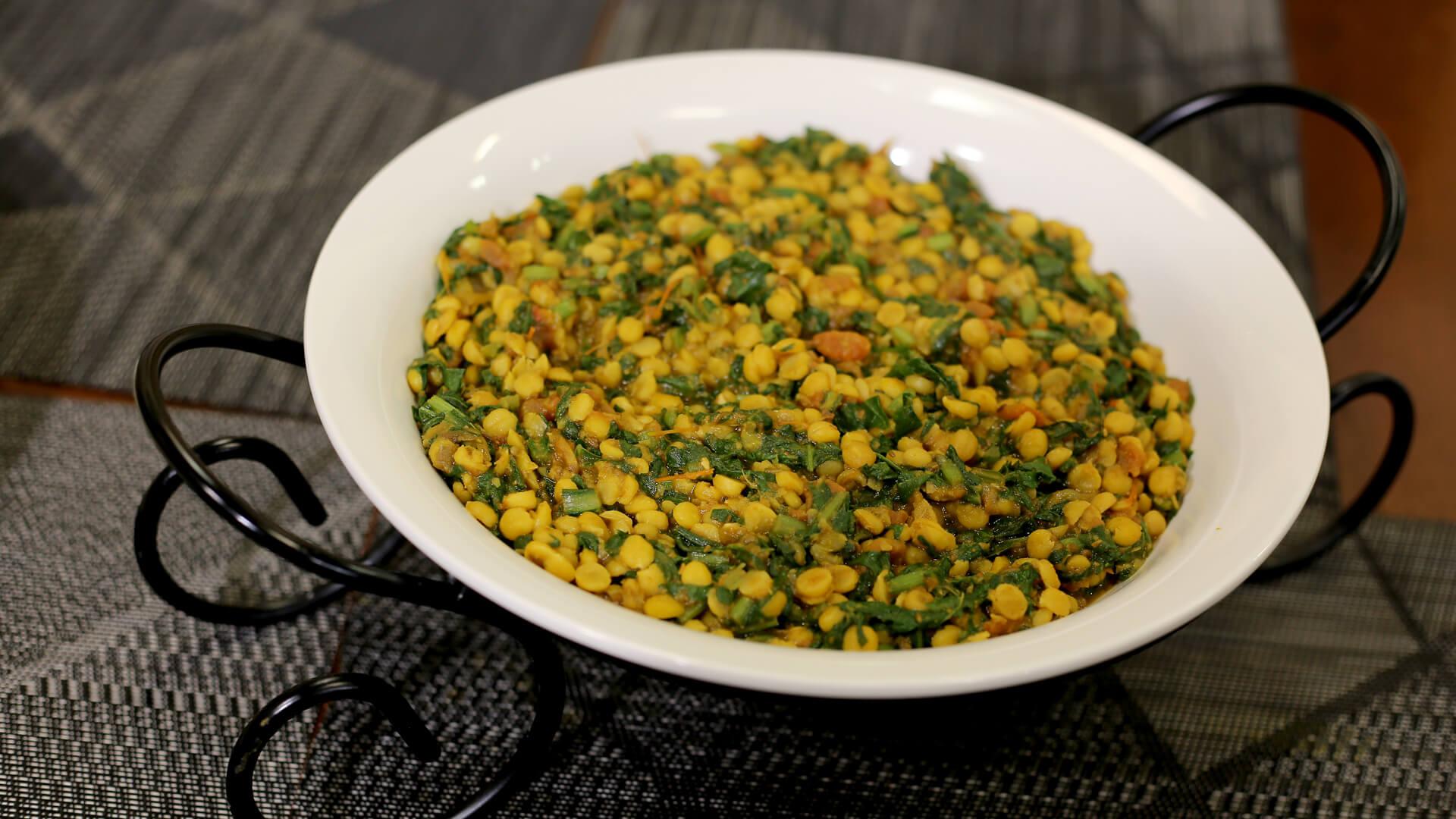 Daal Palak Recipe | Mehboob's Kitchen