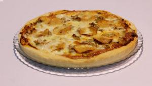 Reshmi Tikka Pizza | Mehboob's Kitchen