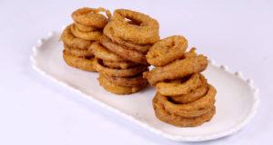 Spicy Onion Rings | Food Diaries