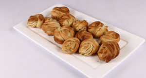 Sweet Potato Knot Rolls Recipe | Dawat