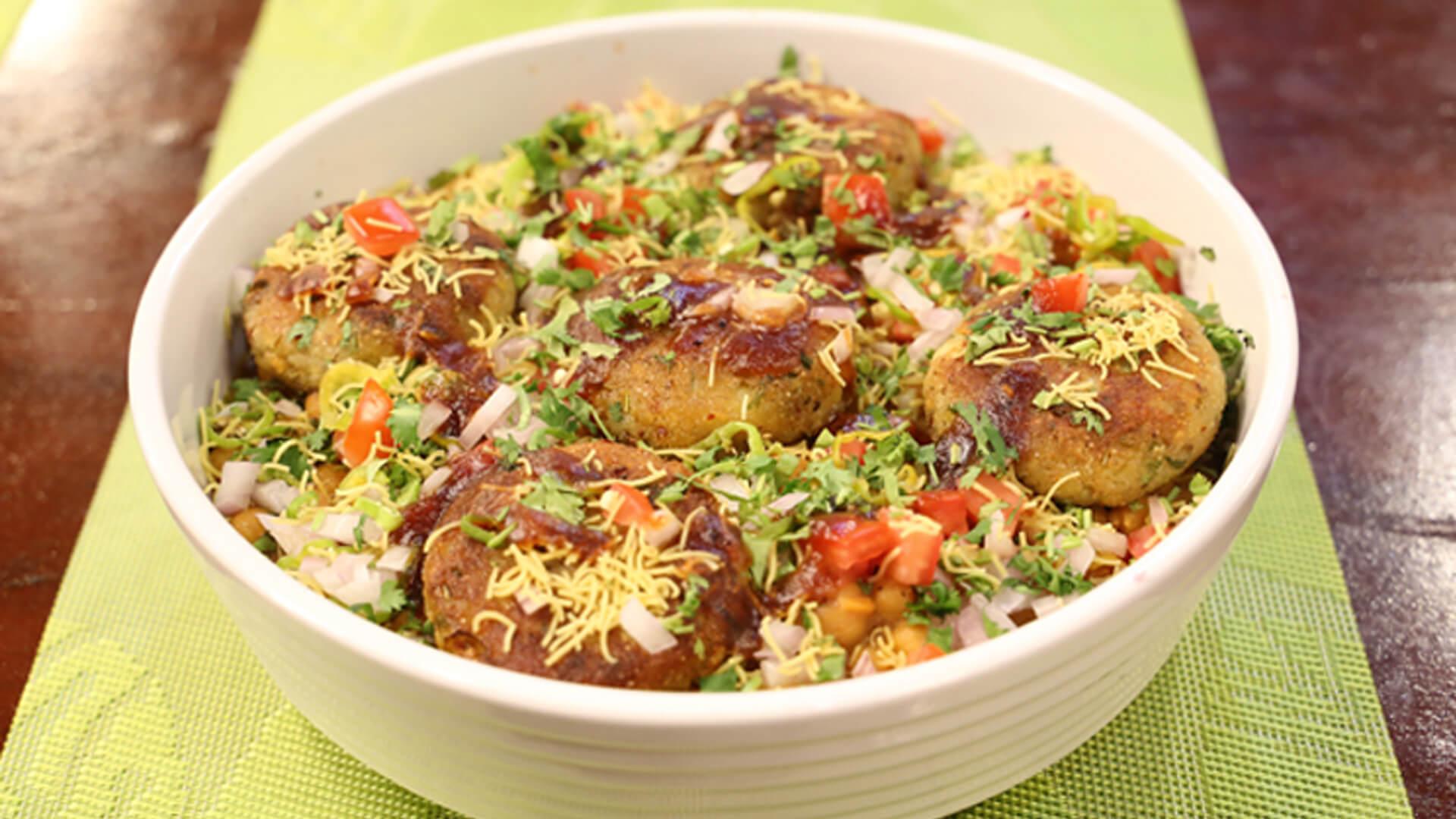 Aalu Tikki Chaat | Quick Recipe