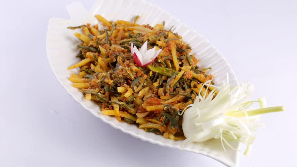 Aalu Bhindi Recipe | Evening With Shireen