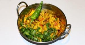 Gobi Qeema Katakat Recipe | Tarka