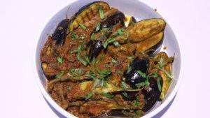 Kashmiri Khatte Baingan Recipe | Lively Weekends