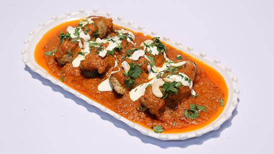Stuffed Pasanday with Makhana Sauce Recipe | Lazzat