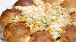 Bread Ring with Cheesy Vegetables Recipe | Dawat