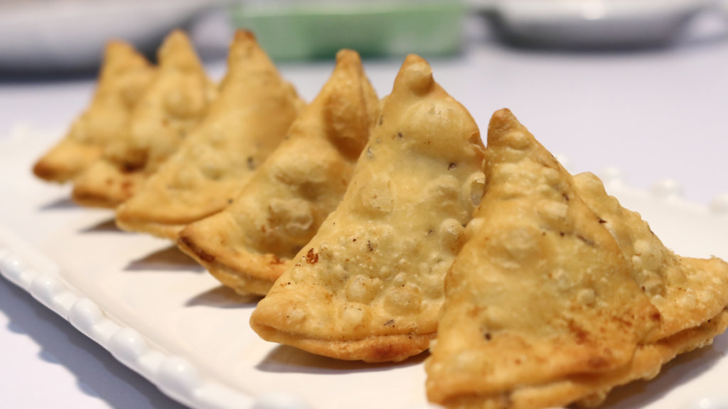 Bihari Boti Samosa Recipe | Flame On Hai | Desi Food