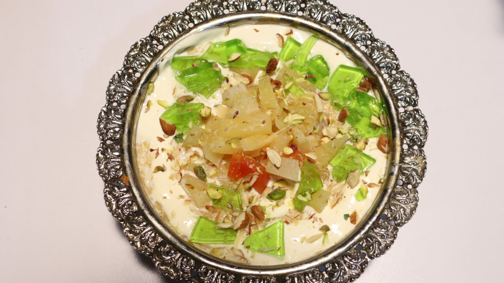 eviyan Milk Cream Dessert Recipe | Rida Aftab