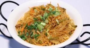 Vegetable Singapore Noodles Recipe | Food Diaries