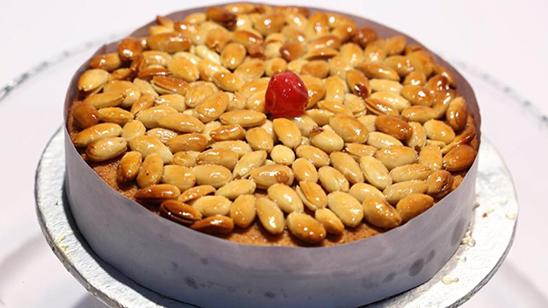 Honey Almond Cake   Quick Recipes