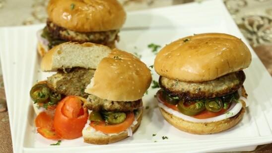 Jalapeno Chicken Burger Recipe Abida Baloch Masala Tv