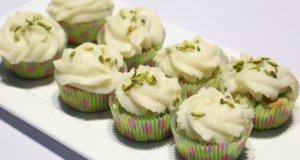 Pistachio Cupcakes Recipe   Food Diaries