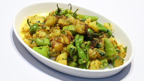 Mirch Aalu Sabzi Recipe | Tarka
