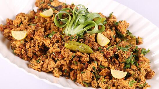 Chicken Karahi Qeema Recipe | Dawat