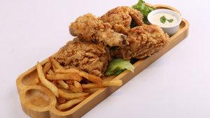 Fried Chicken with Garlic Sauce Recipe | Lazzat