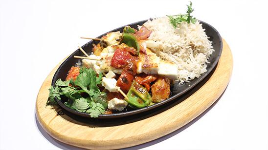 Paneer Shashlik Sizzler Recipe | Tarka