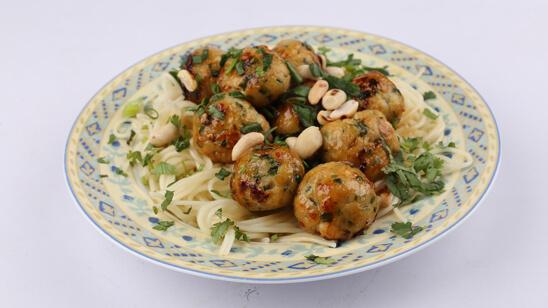 Thai Chicken Meatballs Recipe   Food Diaries