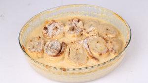 Cinnamon Scrolls with Custard Recipe | Food Diaries