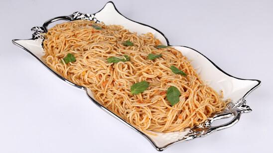 Tomato Butter Spaghetti Recipe | Dawat