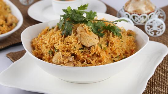 Aalu Mater Chicken ki Tahiri Recipe   Lazzat