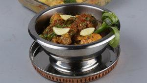 Chicken Tikka Karahi Recipe | Dawat