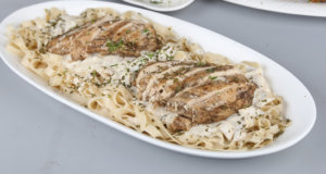 Chicken with Garlic Mushroom Recipe | Lazzat