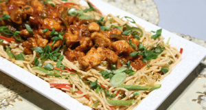 Chilli Chicken on Hakka Noodles Recipe | Food Diaries