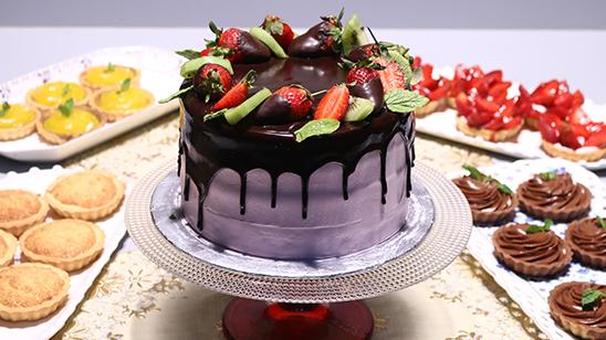Fresh Strawberry Cake Recipe | Masala Mornings