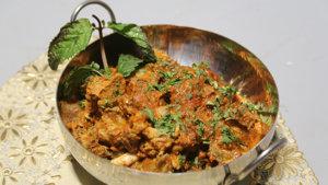 Teekhi Achari Karahi Recipe | Masala Mornings