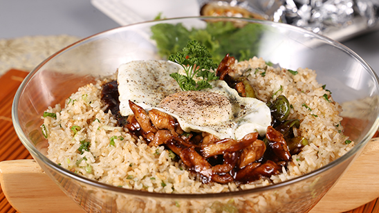 Thai Basil Chicken Rice Bowl Recipe | Masala Mornings