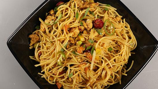 Achaari Qeema Noodles Recipe   Tarka