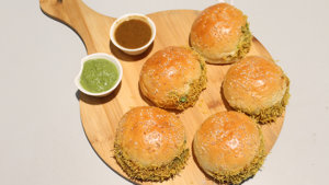 Dabeli (Indian street food) Recipe   Flame On Hai