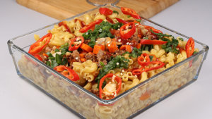 Oriental Qeema Pasta Recipe | Tarka