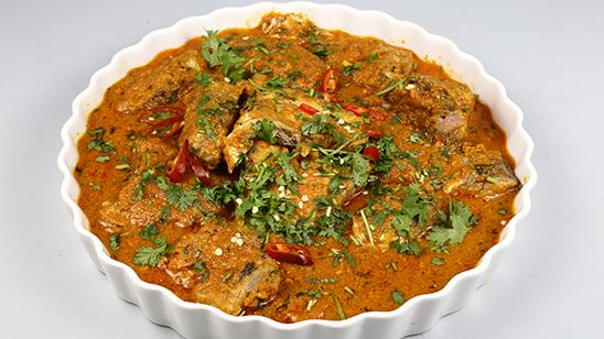 Dahi Wali Machali Ka Salan Recipe | Tarka